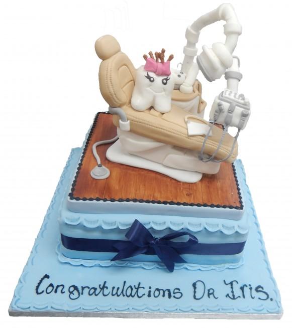 Dentist Half Figure Cake
