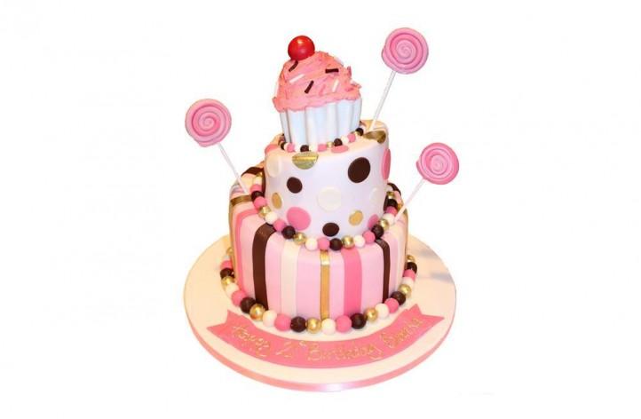 3 Tier Topsy Turvy Cupcake