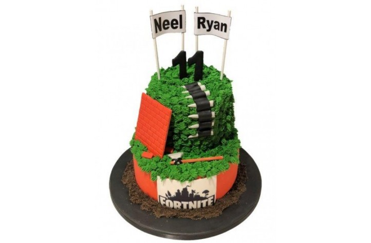 Fortnite Double Tier Cake
