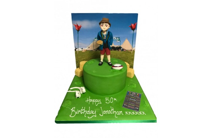 Glastonbury Backdrop Cake