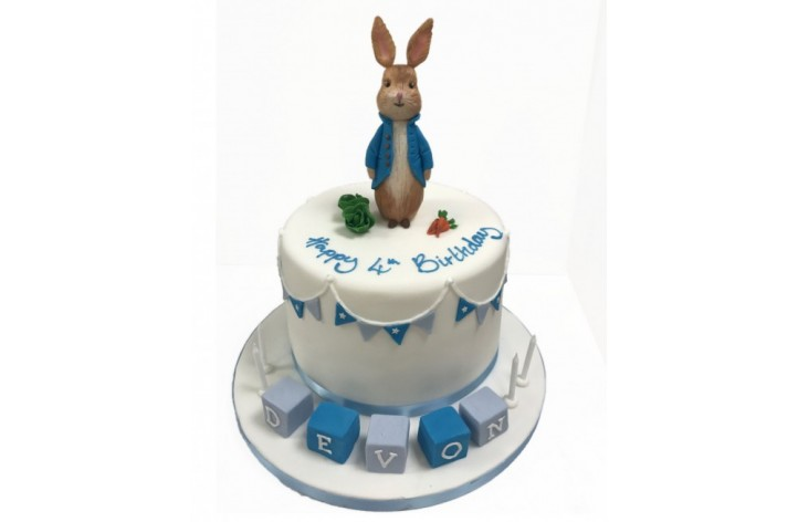Peter Rabbit & Blocks Cake