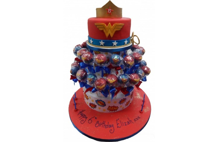 Wonder Woman Cake & Cakepops