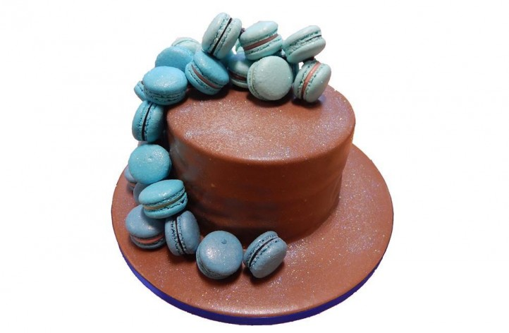 Chocolate Coated Macaroon Cake