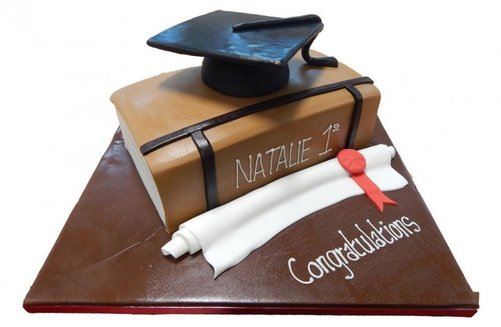 Graduation Book & Hat Cake