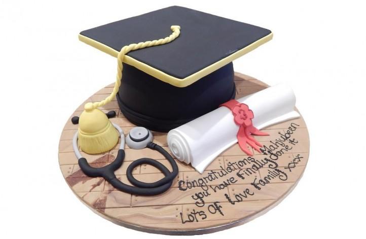 Graduation Cap & Stethoscope