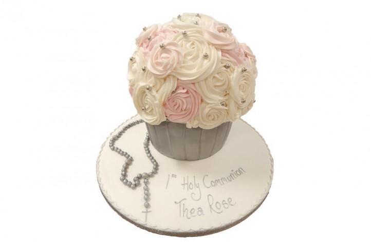 Holy Communion Cupcake
