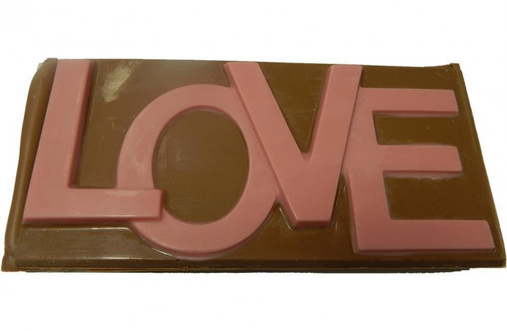 LOVE large chocolate bar