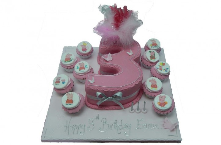 Peppa Pig Single Figure with Cupcakes