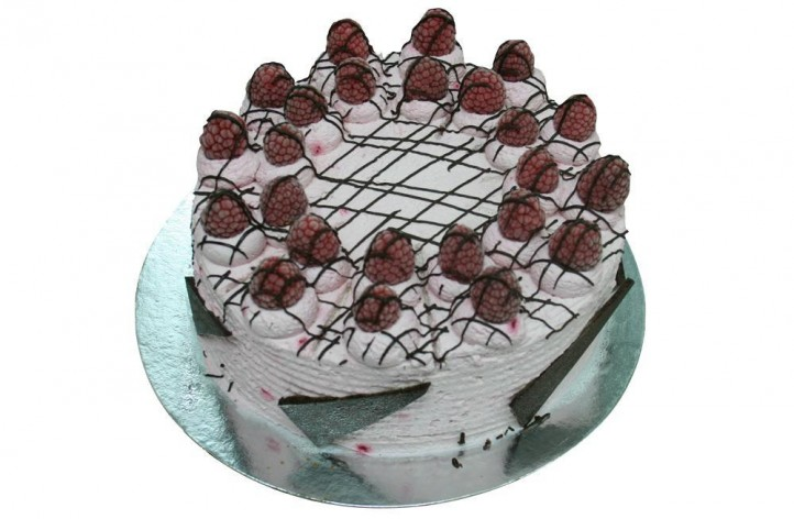 Raspberry Mousse Gateaux