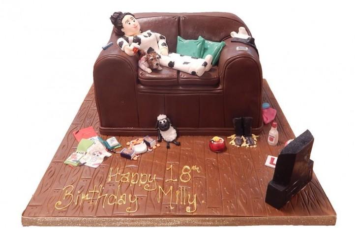 Sofa Cake with Figure