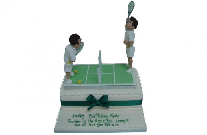 Tennis Court & Players