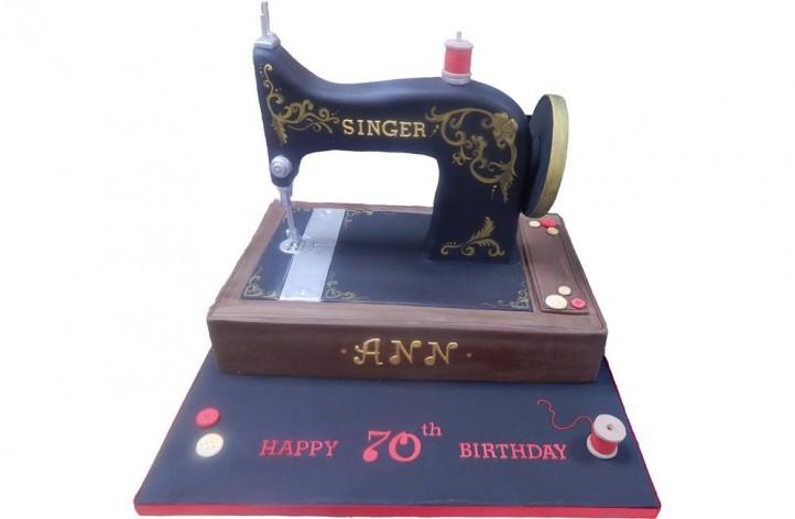 Traditional Sewing Machine Cake